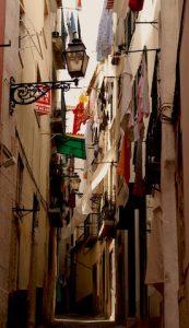 Rue etroite Quartier Lisboete