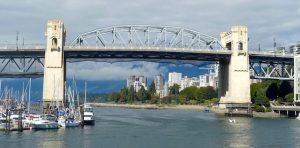 Pont depuis grandville island