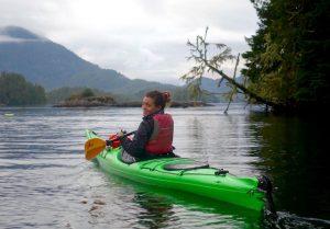 Maelle canoe Tofino