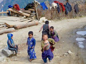 Enfants au Nepal