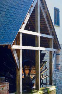 Moulin hydraulique - ble noir