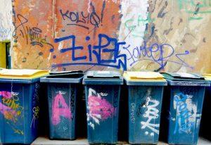 Poubelles street Art