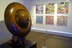 Yume Lion et marguerites en superflat - Murakami - Musee en herbe - Paris