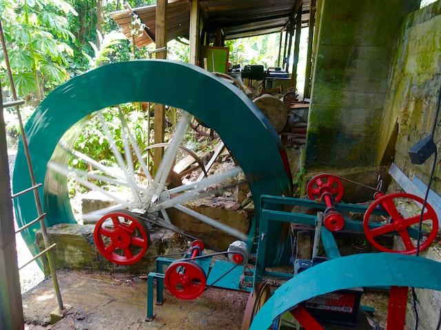 Moulin hydroélectrique