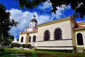 Eglise Ajoupa -Bouillon - familyevasion