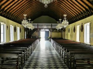 La nef centrale - Eglise du Marin