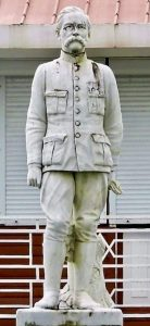 Statue P. O. DUQUESNAY