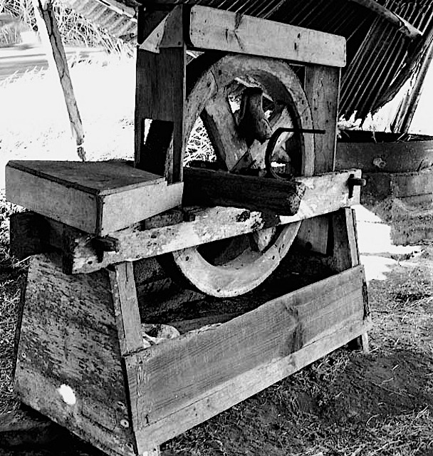 Moulin manioc à manivelles