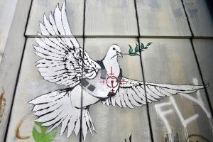 Colombe de Banksy